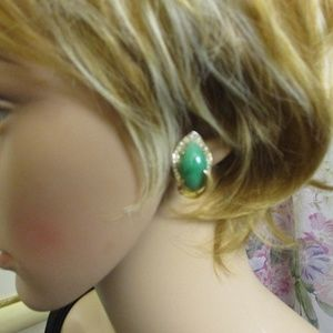 Kramer Jewelry - Kramer Gold Green Rhinestone Clip Earrings Vintage